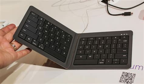 Microsoft Foldable Keyboard microsoft onthult universal foldable keyboard tablets