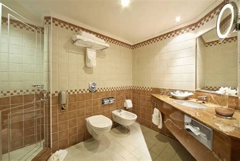 5 star hotel bathrooms pictures all india consumers consumer protection education
