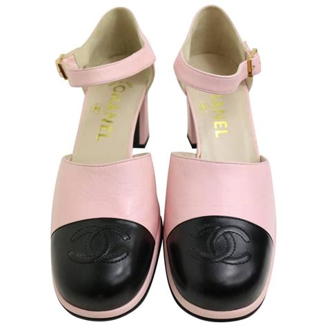 chanel pink two tones leather quot cc quot logo loafers