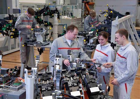 Audi Step Programm by Audi Investiert St 228 Rker In Eigenen Nachwuchs Mitarbeiter
