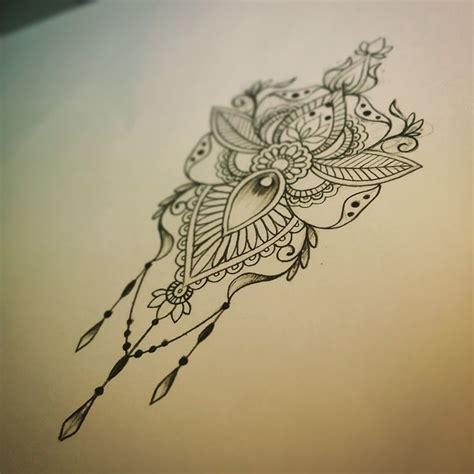 tattoo mandala dentelle les 25 meilleures id 233 es de la cat 233 gorie tatouages de
