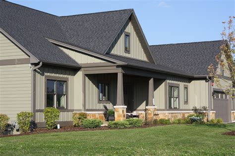 henning estates ranch home available now