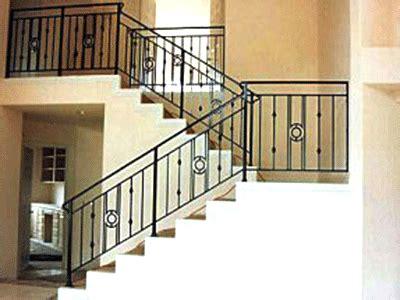 railling tangga  balkon al fath konstruksi baja ringan