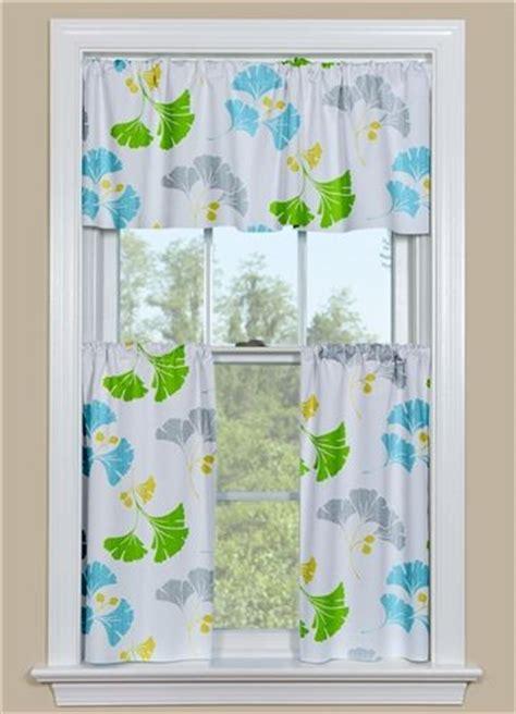 leaf pattern kitchen curtains 17 best images about ginkgo leaf tatoo design on pinterest