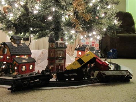 train around the christmas tree