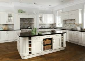 Country Kitchen With White Cabinets Country Kitchen White Your Kitchen Broker Yourkitchenbroker Co Uk