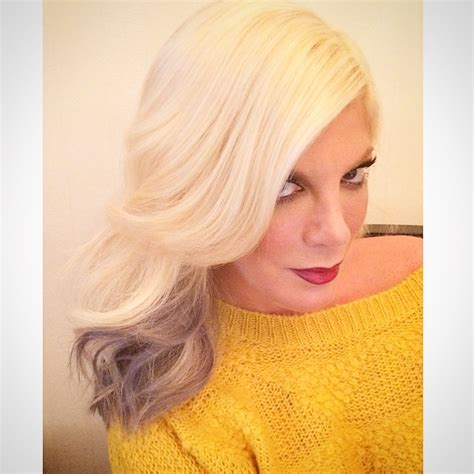 kathie lee gifford hair extension tori spelling expresses satisfaction toward extensions dos