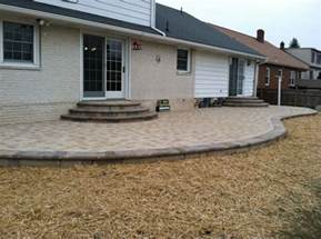 Patio Interlocking Pavers Pin By Dawna Fennewald On Paver Patios
