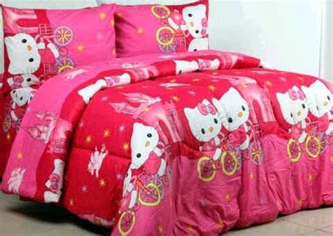 Kain Cvc Hello detail product sprei dan bedcover hello castle pink