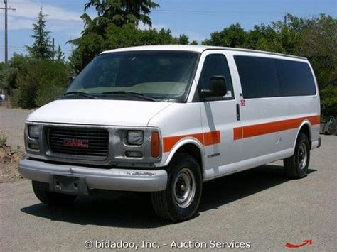 sell used gmc 3500 savana 15 passenger 5 7l vortec a t