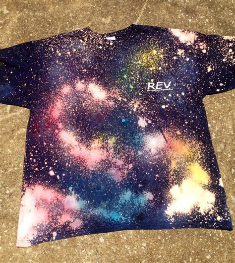 acrylic paint cotton shirt best 25 spray paint shirts ideas on paint