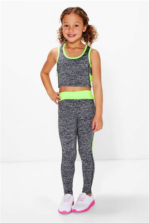 Set Leging boohoo set sportivo bambina con top corto e legging per