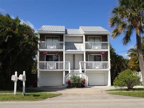 vrbo siesta key 1 bedroom stunning boutique duplex 2 or 4 bed steps vrbo