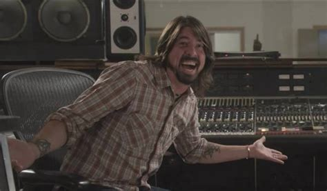celebrity deathmatch dave grohl dave grohl tiene twitter