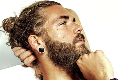 growing the man bun from short hair man buns how to wear and style a man bun