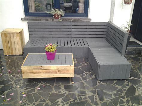 canapé de jardin en palette meuble de jardin en palette de bois galerie et table de
