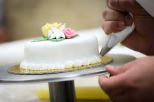 cake decorating malta