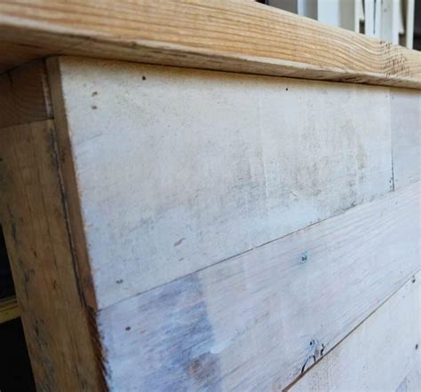Pallet Board Headboard by How To Make Your Own Diy Pallet Headboard