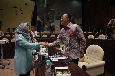 Menyosong Fajar Otonomi Daerah kemendagri respon upaya pemekaran di kaltim dan kaltara fajar
