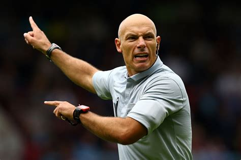 Home Theatre Design Books Referee Howard Webb Hangs Up His Whistle After 25 Years