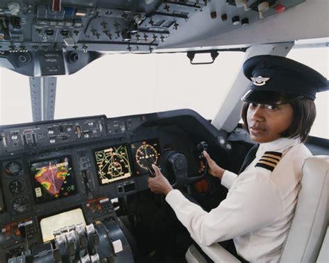 I Am Pilot airline pilot school requirements