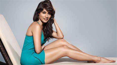 sexy girls hd theme 4 new latest hd images wallpaper chitrangada singh bollywood actress 4k 8k hd