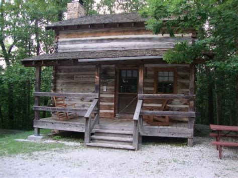 log cabins picture of silver dollar city s wilderness