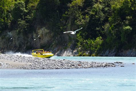 jet boat and hiking in the rakaia gorge backpacker guide - Rakaia Jet Boat