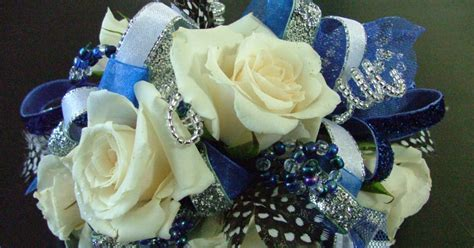 best prom flowers for 2015 prom corsages and boutonnieres 2015 popular wrist