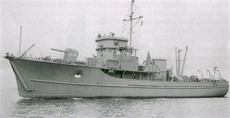 boat lightship definition auxiliary motor minesweepers wikipedia