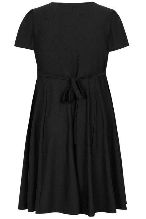 Sale Id 321 Faces Print Dress voluptuous schwarz wickel kleid