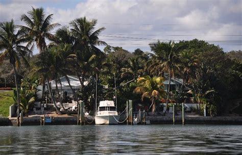 boat slip jupiter fl inthebite jupiter boat slips and cottages real estate