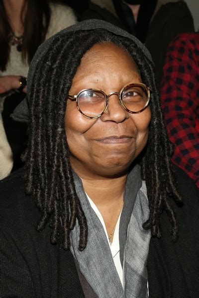 Why Did Whoopie Goldberg Shave The Side Of Her Head | why did whoopie goldberg shave the side of her head whoopi