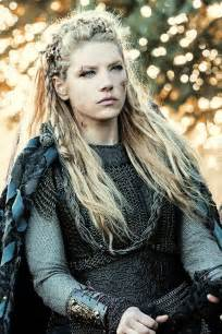 tv show hair katheryn winnick lagertha s hairstyle in vikings strayhair