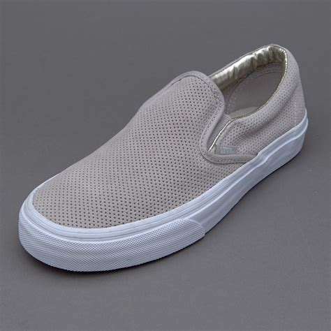 Sepatu Adidas Slipon Suede 08 39 43 sepatu sneakers vans womens classic slip on perf suede