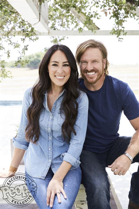 chip and joanna gaines facebook christian fixer upper stars chip and joanna gaines share