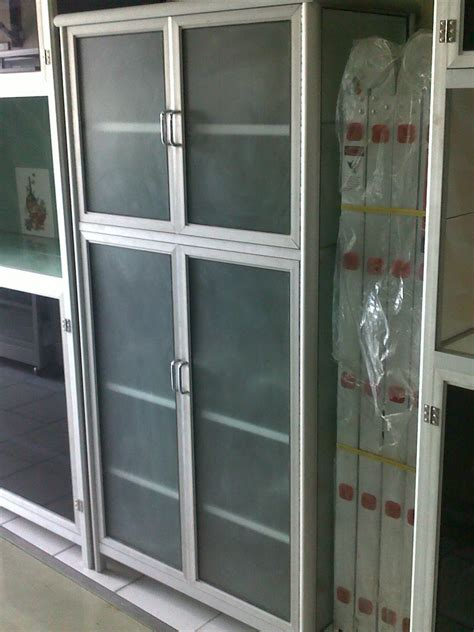 Lemari Piring Kaca 3 Pintu penjualan etalase meja alumunium gerobak makanan rak piring rak besi pintu perkantoran