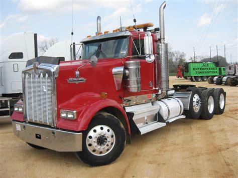 kenworth truck tractor 2002 kenworth w900l tri axle truck tractor j m wood