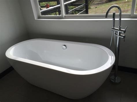 best drop in bathtub best 25 drop in bathtub ideas on pinterest drop in drop in tub and bath panels and