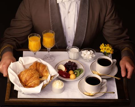 Hotels With Room Service by Hotels Are Cutting Room Service Source1 Purchasing