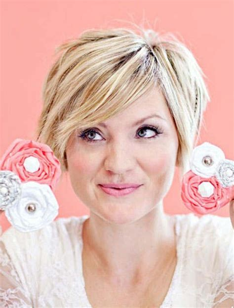 easy short hairstyles for round face 10 easy short hairstyles for round faces popular haircuts