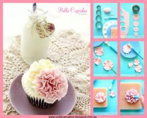 Pin fondant ruffle cake 171 s studio art cake on pinterest