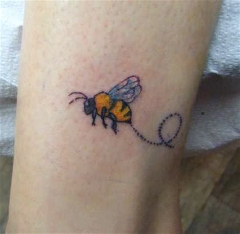 bumble bee tattoo bee fresh ideas