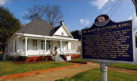 martin luther king house martin luther king jr s parsonage home in montgomery alabama house crazy
