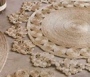 picture of diy rustic rug of jute or sisal rope
