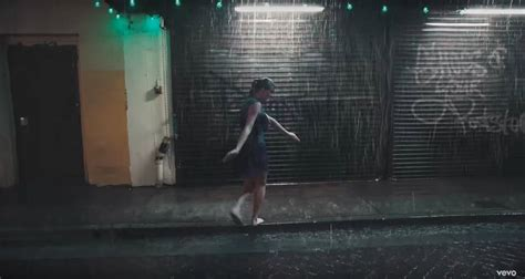taylor swift delicate music video lyrics 8 things you may have missed in taylor swift s delicate