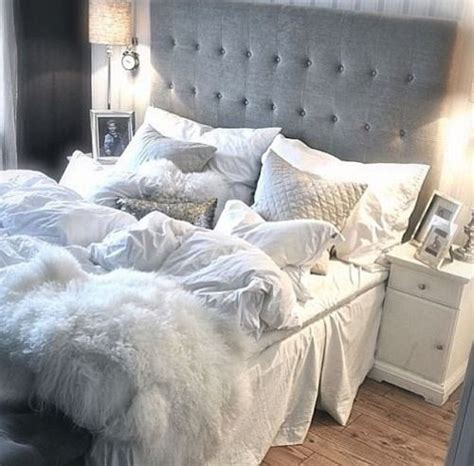 fluffy bed comforters best 25 fluffy blankets ideas on pinterest fur throw