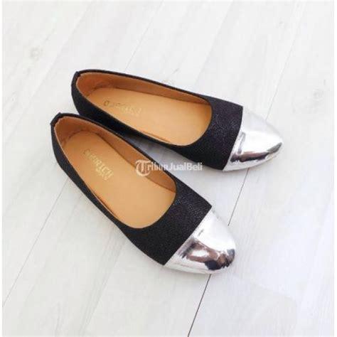 Sepatu Murah Wanita Cewek Flatshoes Black Ootd flat shoes cewek kulit sintetis edge glit black murmer jakarta dijual tribun jualbeli