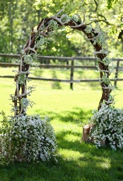 Wedding Arch Branches by 26 Winter Wedding Arches And Altars To Get Inspired