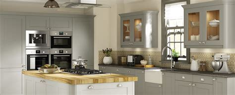 Thornton Shaker Oak Paint To Order   Traditional Kitchens